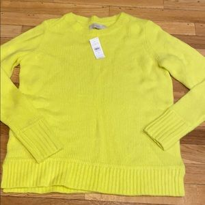 New women's loft sweater size medium. Yellow